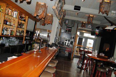 カナダ・ビクトリアの絶対行きたいカフェ・レストラン8選!ザ・フライング・オッター・グリル