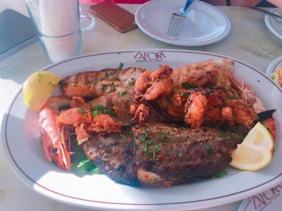 ギリシャ・サントリーニ島で絶対行きたいカフェ・レストラン10選!Zafora
