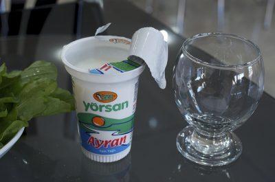 ヨーグルトだけじゃない!現地で絶対食べたいおすすめブルガリア料理10選!アイリャン