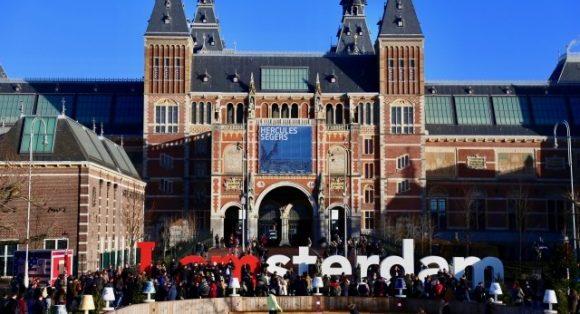 オランダの祝日を徹底分析!どんな日があるか全部教えます!
