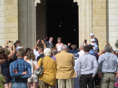 フランスの結婚式で知っておくべき7つの豆知識!羽織るもの