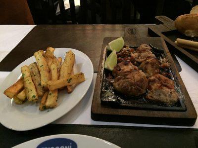 現地で絶対食べたいおすすめパラグアイ料理10選!アサード