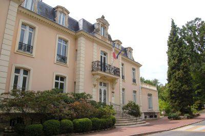 フランスの人気大学を現地調査!7つのおすすめ役立ち情報!パリ第11大学