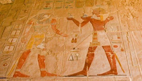 エジプト旅行をもっと楽しくするエジプト神話8つの豆知識!