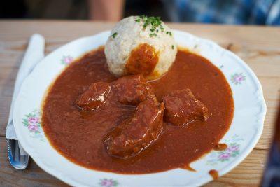 現地で絶対食べたいおすすめオーストリア郷土料理10選!グラーシュ