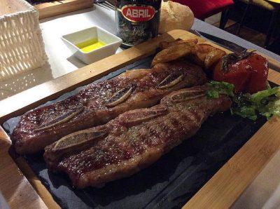 ドバイで絶対行きたいおすすめカフェ・レストラン8選!Asado