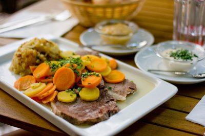現地で絶対食べたいおすすめオーストリア郷土料理10選!ターフェルシュピッツ