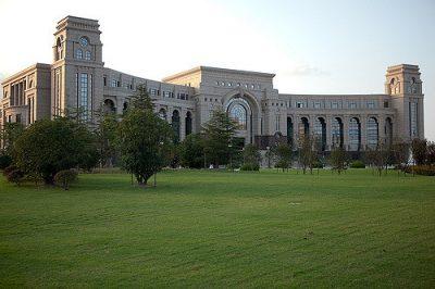 中国の人気大学を現地調査!7つのおすすめ役立ち情報!復旦大学