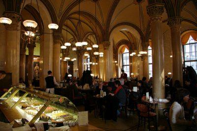 ウィーンで絶対行きたいおすすめカフェ・レストラン8選!カフェセントラル