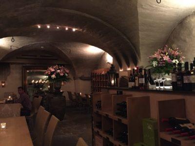 スイス、チューリッヒで絶対行きたいおすすめカフェ・レストラン8選!Weinschenke