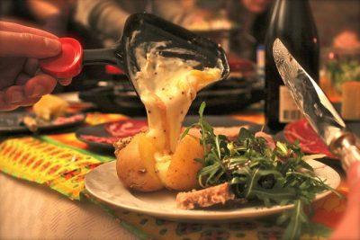 現地で絶対食べたいおすすめスイス料理10選!ラクレット