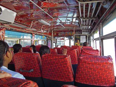 スリランカ観光のおすすめ移動手段!旅行前に知るべき7つの事!ACバス
