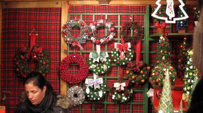 オーストリアのクリスマスはどんな感じ?6つのおもしろ豆知識!宮殿前クリスマスマーケット