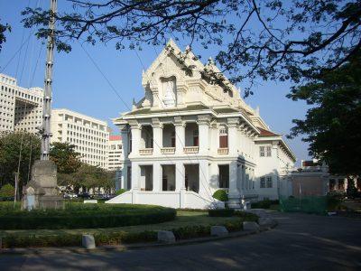 タイの人気大学を現地調査!7つのおすすめ役立ち情報!チュラーロンコーン大学