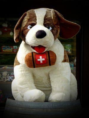 スイスのお土産徹底調査!貰って嬉しい超おすすめ10選!国旗デザイングッズ
