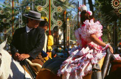スペインの4月、5月、6月おすすめ人気イベント特集!馬祭り