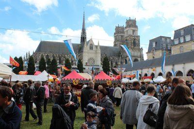フランスの4月、5月、6月おすすめ人気イベント特集!ジャンヌ・ダルク祭り