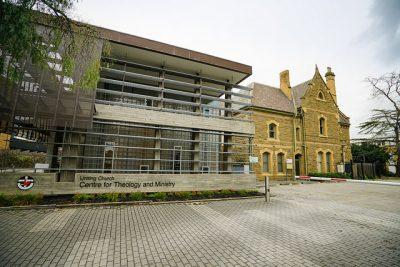オーストラリアの人気大学を現地調査!7つのおすすめ役立ち情報!メルボルン大学