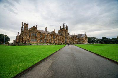 オーストラリアの人気大学を現地調査!7つのおすすめ役立ち情報!シドニー大学