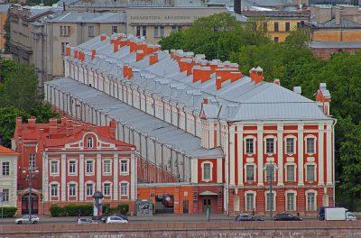 ロシアの人気大学を現地調査!7つのおすすめ役立ち情報!サンクトペテルブルク国立総合大学