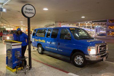 ロサンゼルスのタクシー事情やおすすめ移動手段!旅行前に知るべき7つの事!スーパーシャトル