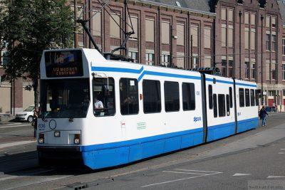 オランダのタクシー事情やおすすめ移動手段!旅行前に知るべき7つの事!トラム