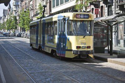 ベルギーのタクシー事情やおすすめ移動手段!旅行前に知るべき7つの事!トラム
