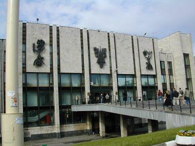 ロシアの人気大学を現地調査!7つのおすすめ役立ち情報!モスクワ国際関係大学
