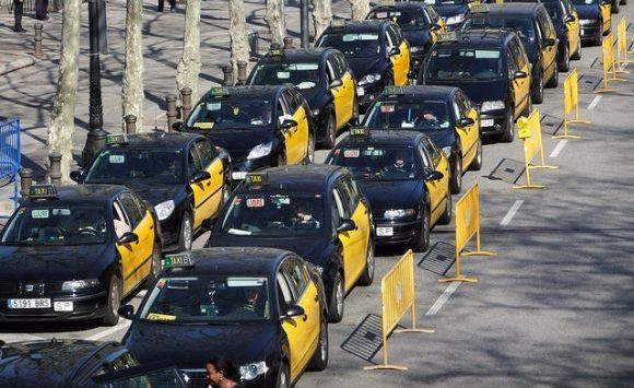 バルセロナのタクシー事情やおすすめ移動手段!旅行前に知るべき7つの事!