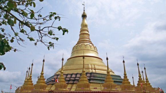 ミャンマー語でおめでとう!相手を祝う時そのまま使える15フレーズ!