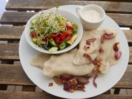 現地で絶対食べたい人気おすすめポーランド料理15選!ピエロギ