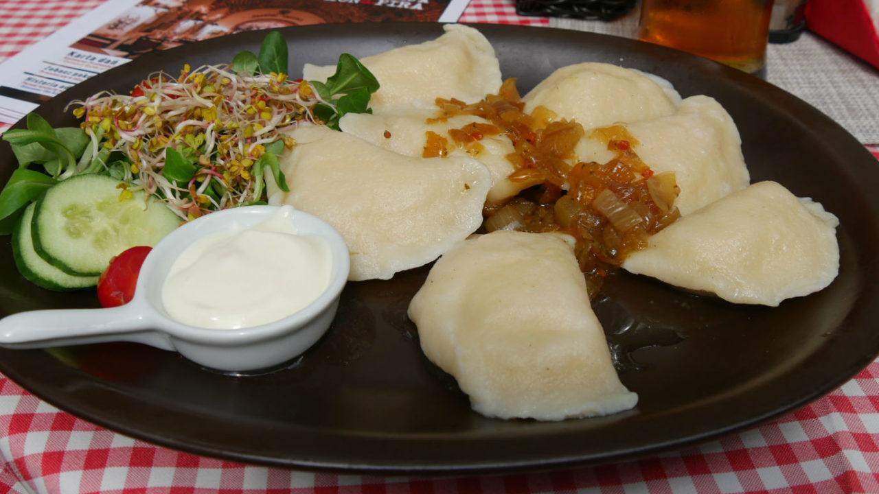 現地で絶対食べたい人気おすすめポーランド料理15選!