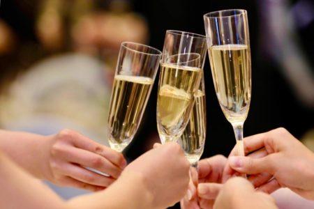 フランス語で乾杯!パーティーや飲み会でそのまま使える10フレーズ!10