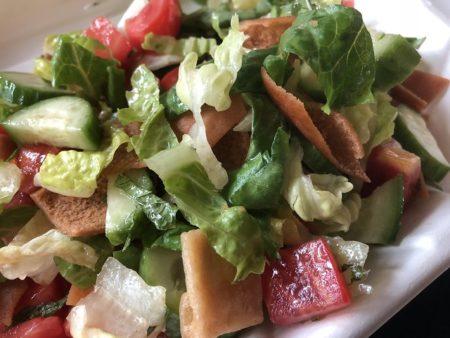現地で絶対食べたいおすすめカタール料理15選!Fattoush