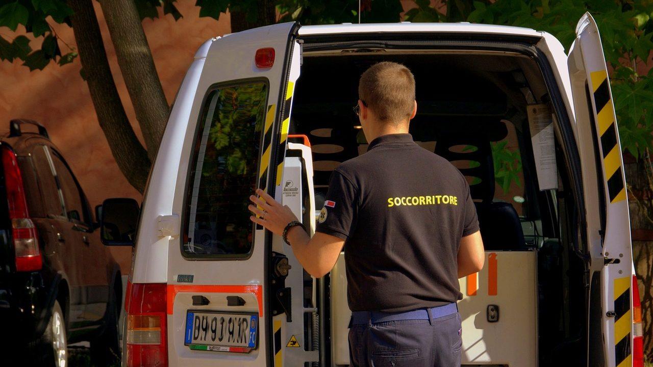 フランス語で救急車!緊急時にそのまま使える20フレーズ!